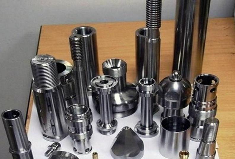 Работа токаря - позволяет получить делать из заготовки любого диаметра и формы