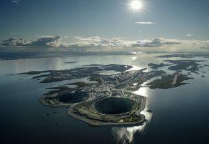 Дьявик, Канада. Карьер был открыт в 2003 году. Здесь добывается около 1500 кг. алмазов в год.
