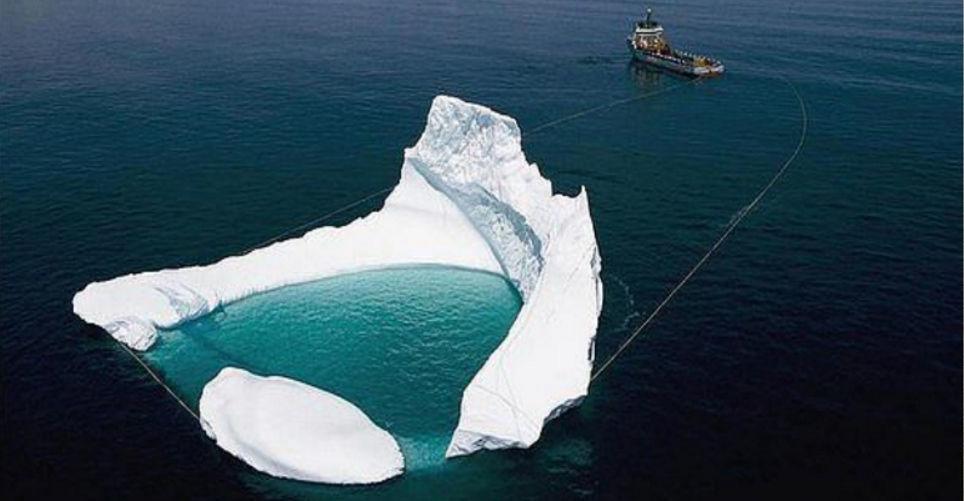 Буксировка айсберга с пресной водой