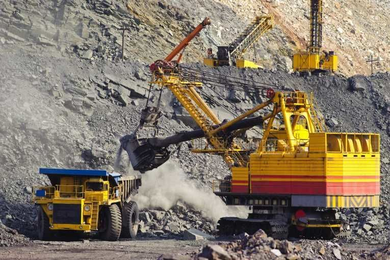 Основные залежи сосредоточены на юго-западе материка – в штате Западная Австралия. Крупнейшие прииски находятся близ городов Калгурли