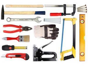 Инструменты для постройки дачного туалета и душа