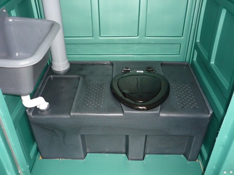 Мобильная туалетная кабина «Люкс»