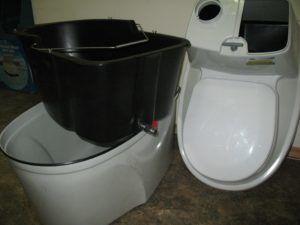 Торфяной биотуалет с которого можно легко выгрузить отходы