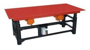 Вибростол для изготовления тротуарной плитки может быть самых разных размеров и комплектации.
